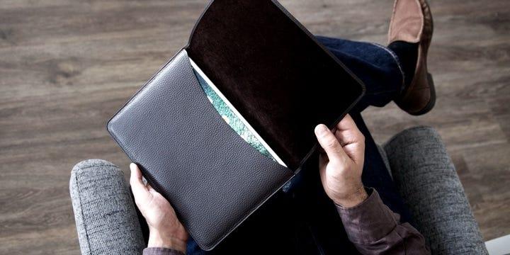 iPad Pro10.5インチ用フラップ付きポーチ - Natural - Smooth Leather